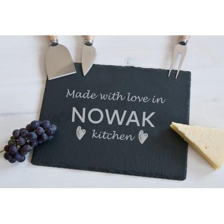 """Deska do serów z akcesoriami """"Made with love in NOWAK kitchen"""""""