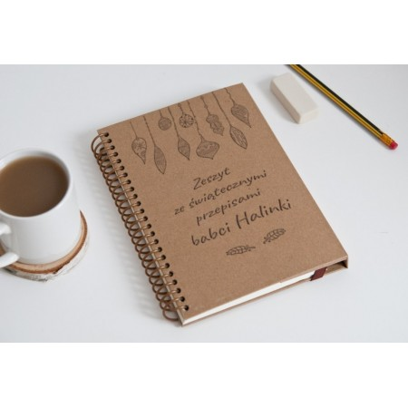"""Notatnik świąteczny tekturowy na spirali """"Zeszyt ze świątecznymi przepisami babci Halinki"""""""