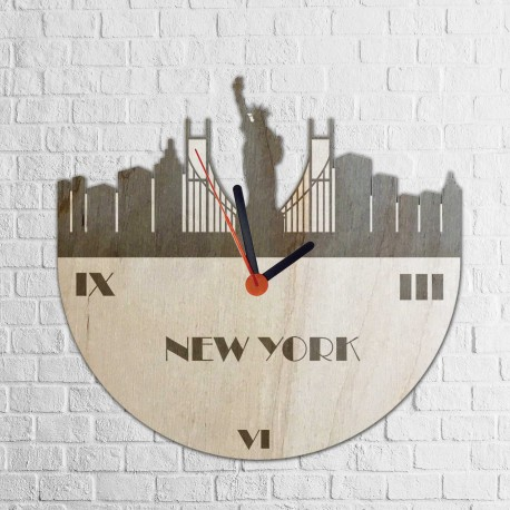 Grawerowany drewniany zegar z motywem NOWEGO JORKU