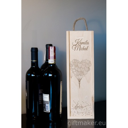 Ozdobne pudełko na wino z grawerem LOVE