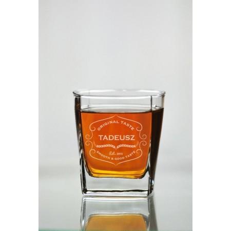 Szklanka do whisky z własnym imieniem
